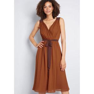 NWT Wholly Romantic Midi Dress Medium